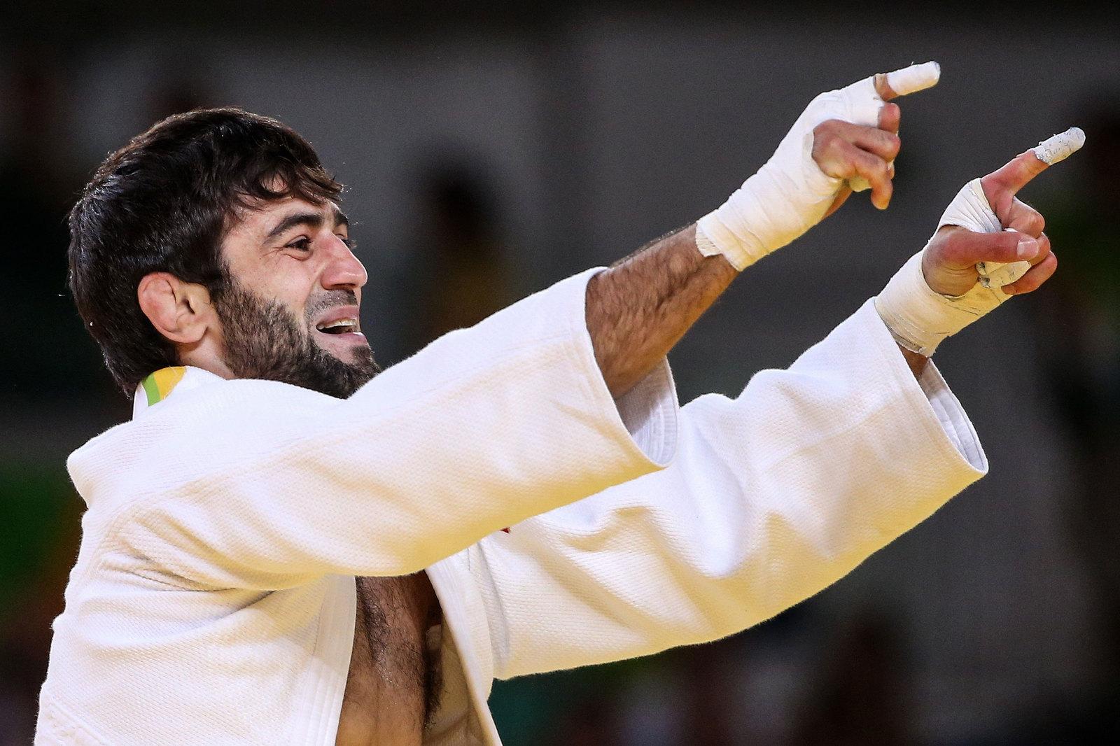 Первое золото России принес дзюдоист Беслан Мудранов