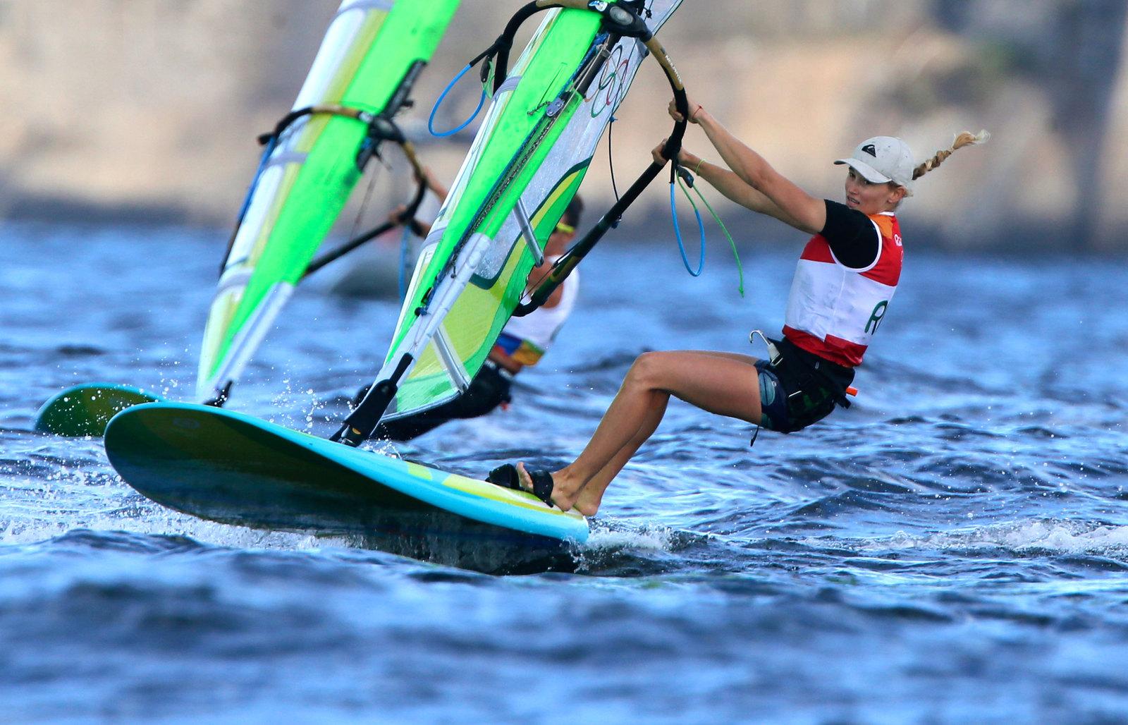 Россиянка Стефания Елфутина лидирует в своем классе RS:X