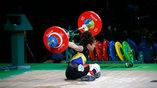 """Тяжелоатлетка Мариана Фегероа Ролдан не справилась с весом штанги и """"завалила"""" попутку"""