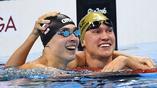 Призеры Олимпиады в палвании на 200 метров брассом - наш Антон Чупков (слева) и казахстанец Дмитрий Баландин