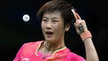 Олисмпийская чемпионка по настольному теннису китаянка Дин Нин