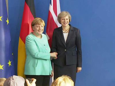 ангела меркель тереза мэй совместную пресс-конференцию