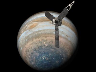 NASA показало самые подробные фото Большого красного пятна Юпитера