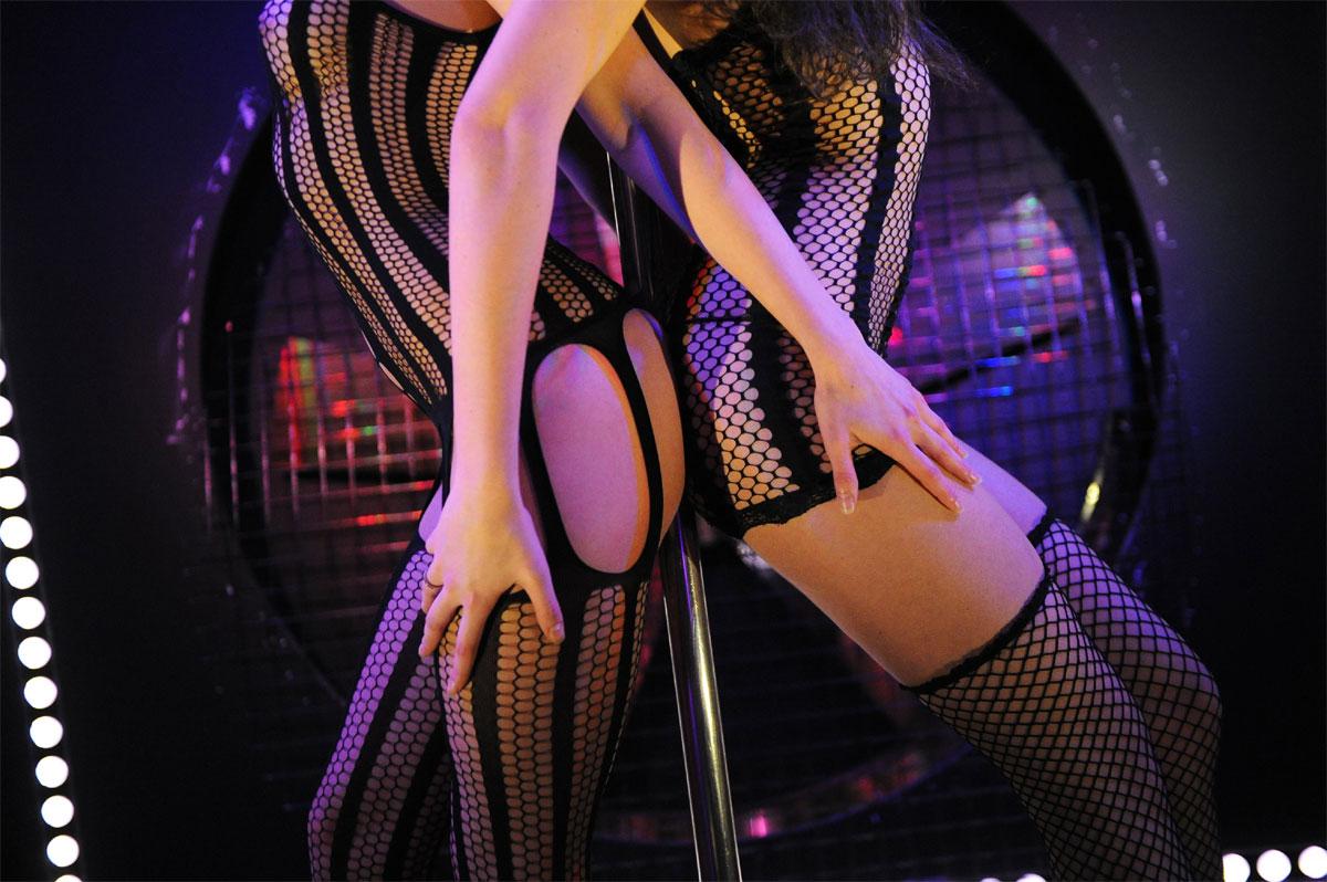 Эротический танец стриптиз в hd 4 фотография