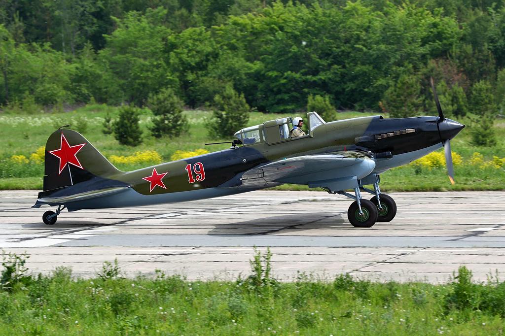 """Ангар для самолетов - болталка форума: """"Соберите ИЛ-2"""""""