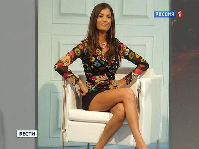 Фото русские в мини юбке фото 164-474