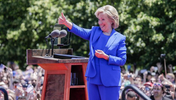 клинтон хиллари фото в полный рост