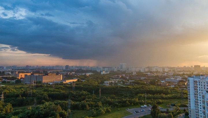 Из-за непогоды в Москве объявили желтый уровень опасности