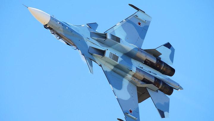 Минобороны РФ: Су-30 поприветствовал P-8A Poseidon над Черным морем
