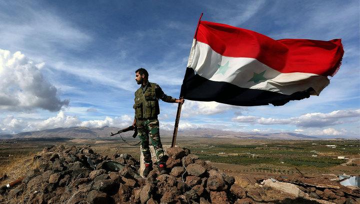 Фейерверк над песками Пальмиры: сирийцы эффектно поздравили народ России с праздником