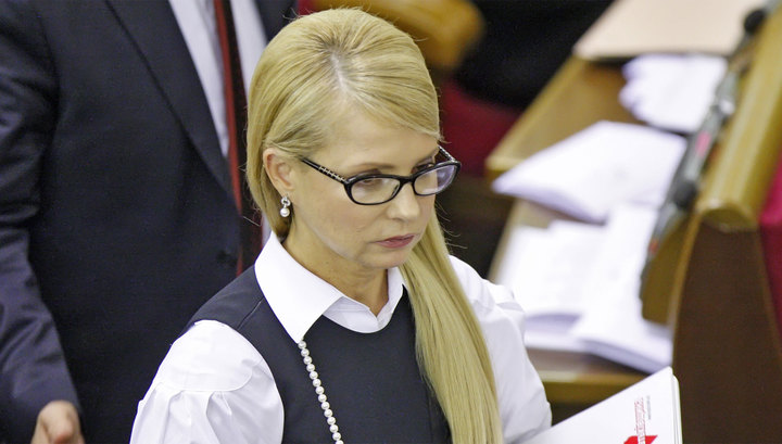 """Тимошенко заявила, что Порошенко """"строит путь для оправдания Януковича"""""""