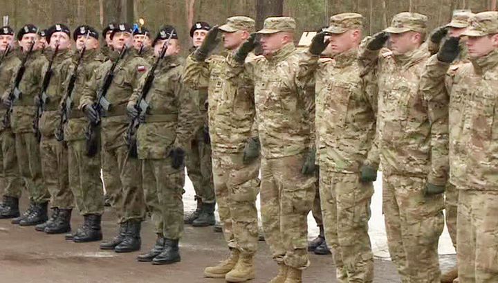 """Польша ждет американских танкистов из-за """"российской агрессии"""""""