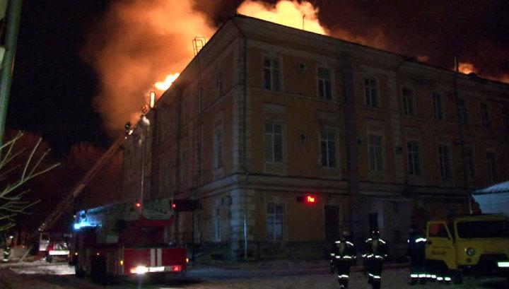 Пожар в Твери: открытое горение ликвидировано