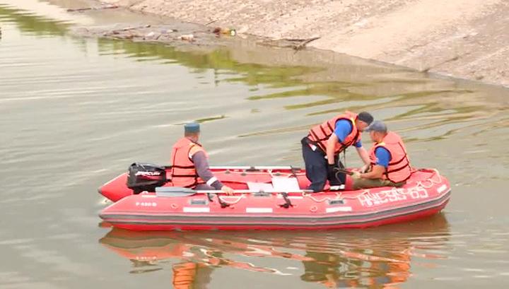 Трагедия на Ладоге: пассажирка перевернувшейся лодки погибла