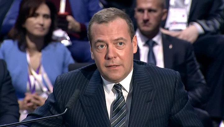 Банковская драма: Греф и Медведев высказались о технологии блокчейн