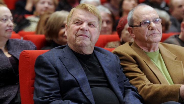 Михаил Кокшенов находится в тяжелом состоянии