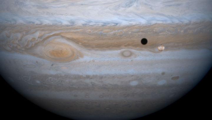 """Зонд Juno помог определить природу """"полосатости"""" Юпитера"""