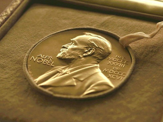 Нобелевскую премию мира присудили Содружеству неправительственных организаций за уничтожение ядерного оружия