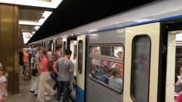 prostitutki-na-metro-shabolovskaya