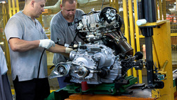 Забастовка рабочих остановила заводы Hyundai