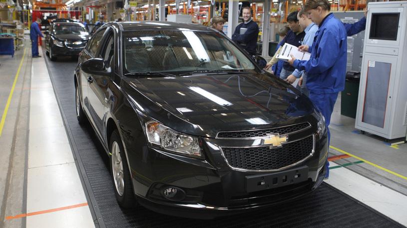 General Motors закроет сразу семь заводов. Трамп очень недоволен!