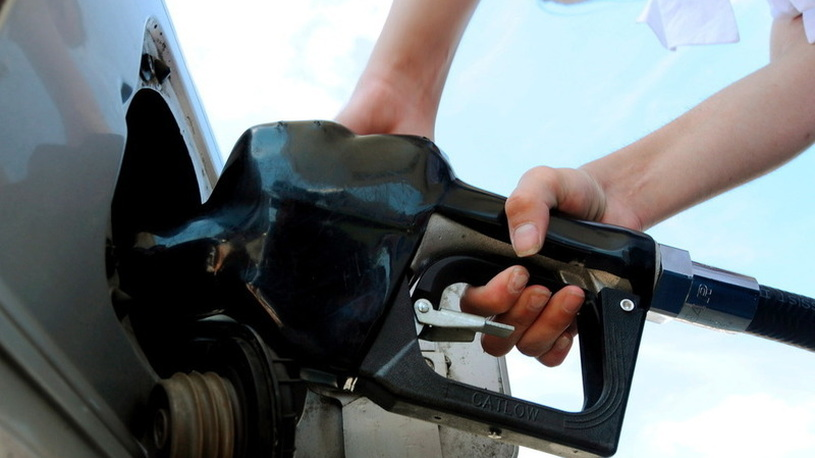 Путин прокомментировал ситуацию с ценами на топливо в РФ