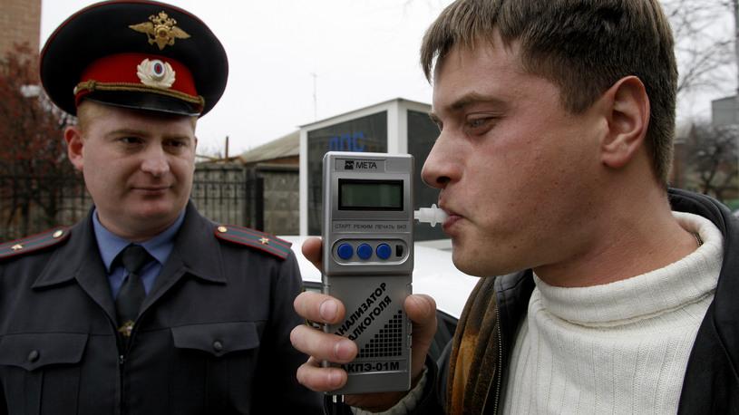 Сотрудникам ГИБДД выдадут приборы для экспресс-тестов на наркотики