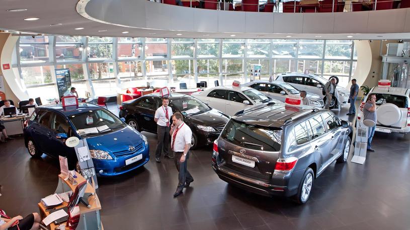 Российский автомобильный рынок продолжает уверенно расти