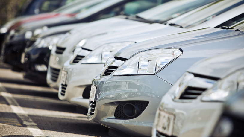 В России определили самые крупные рынки подержанных машин