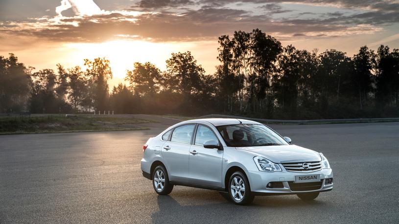 Nissan уберет с российского рынка седан Almera