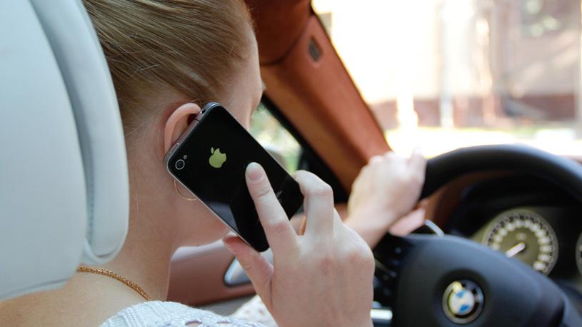 Дорожные камеры будут штрафовать за ремень и разговоры по телефону