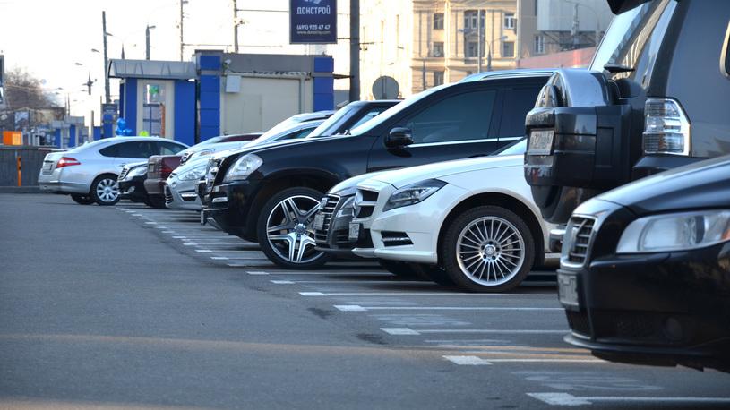 Стоимость парковок в центре Москвы вырастет ради борьбы с трафиком