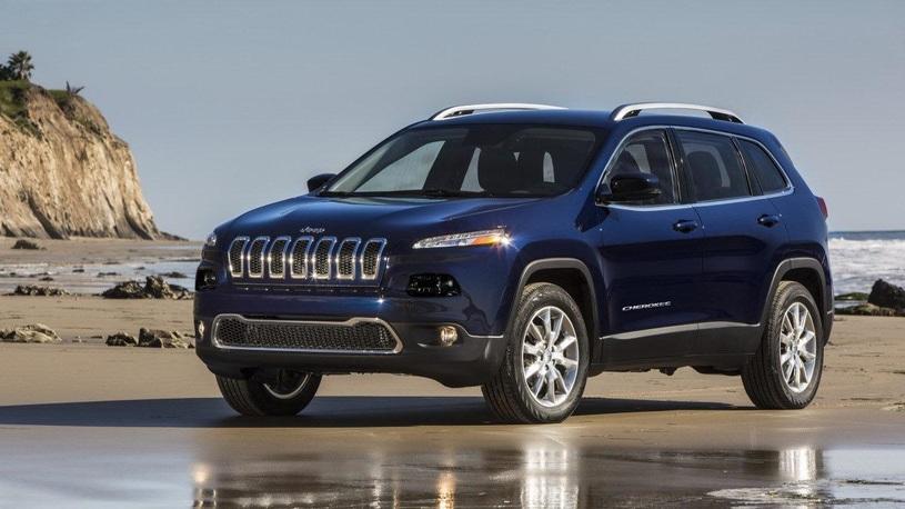 Jeep бесплатно починит в России несколько тысяч машин