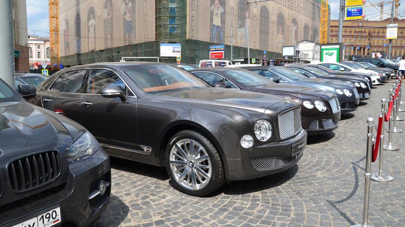 Подсчитано, сколько в России автомобилей премиум-класса