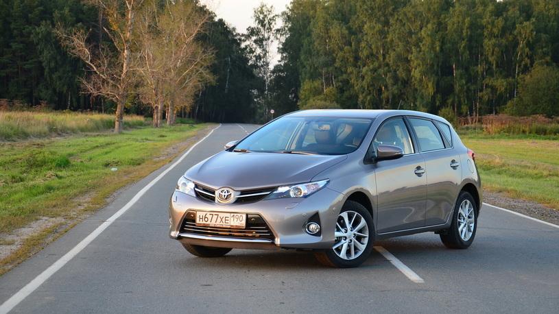 Toyota отзывает на ремонт 2,5 млн дефектных автомобилей
