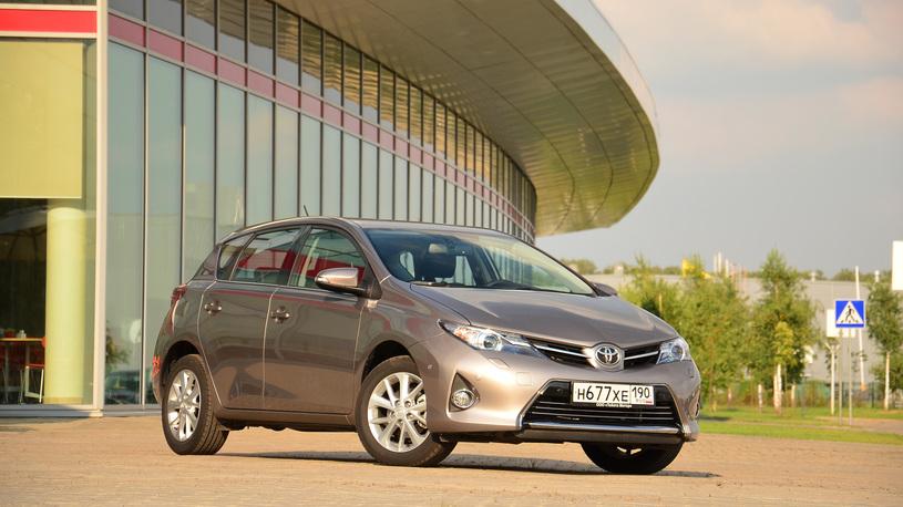 Ищем оправдания приличной цене Toyota Auris