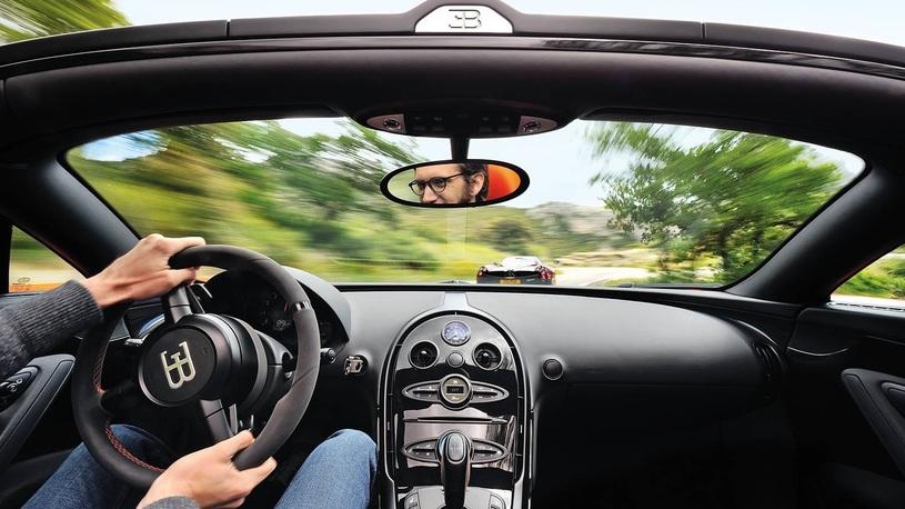 Посмотрите, как Bugatti Chiron разгоняется до максималки 420 км/ч (видео)