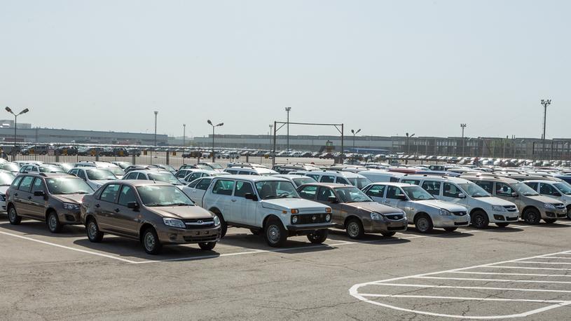Названы 10 самых популярных марок автомобилей в России
