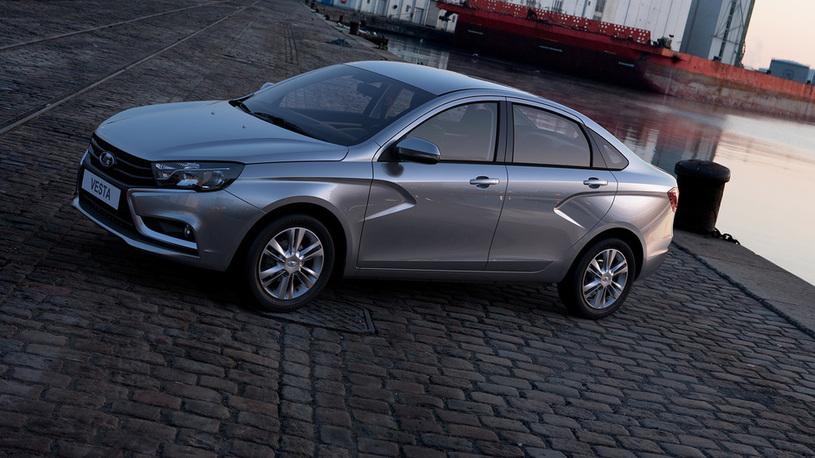 Продажи Lada в Европе выросли за год почти на треть