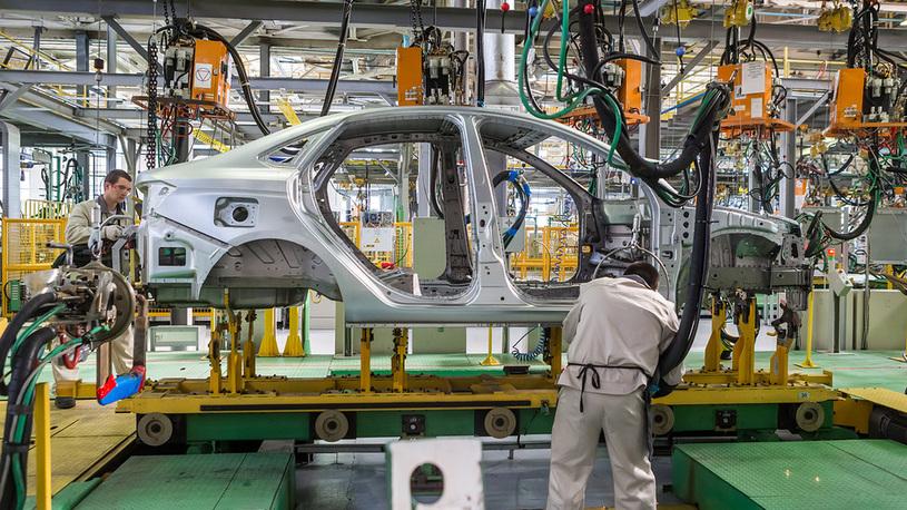Весь российский автопром стал прибыльным (кроме