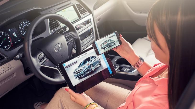 Госдума хочет запретить использование любых электронных гаджетов за рулем
