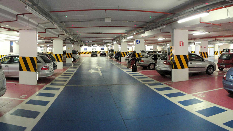 Платные парковки во дворах и под землей: новые подробности