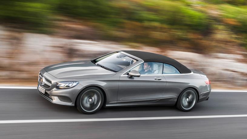 Посчитали-прослезились: мягкая крыша нового кабриолета Mercedes-Benz S-Класса