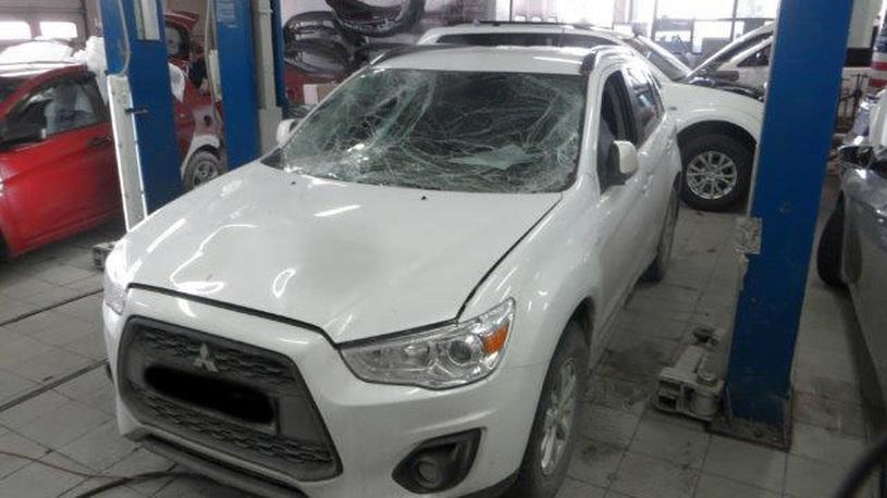 Сибирские сосульки причинили ущерб автомобилям почти на 1 млн рублей