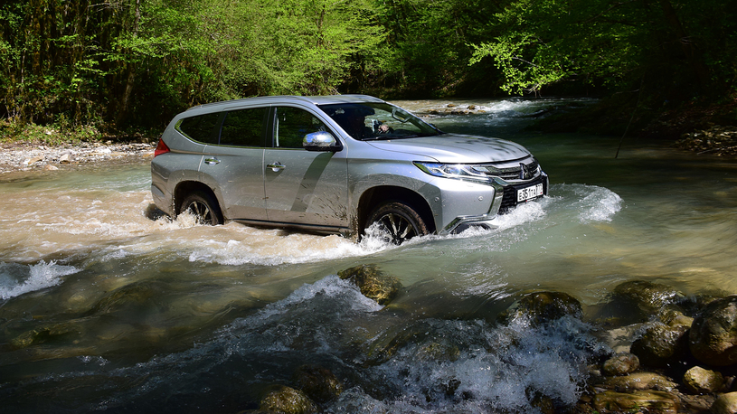 Тест-драйв дизельного Mitsubishi Pajero Sport: отвечаем на вопросы
