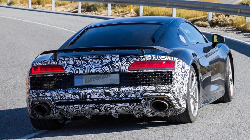 Самая доступная Audi R8 замечена на тестах