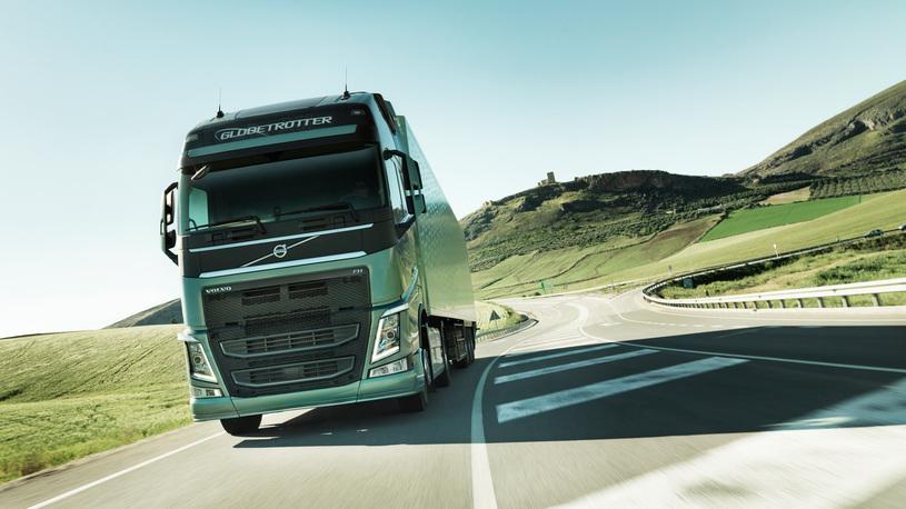 В России названы самые популярные грузовики-иномарки