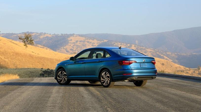 Новый Volkswagen Jetta: известны сроки выхода в России