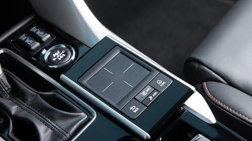 Тест Mitsubishi Eclipse Cross: отвечаем на вопросы о купе, ставшем кроссовером