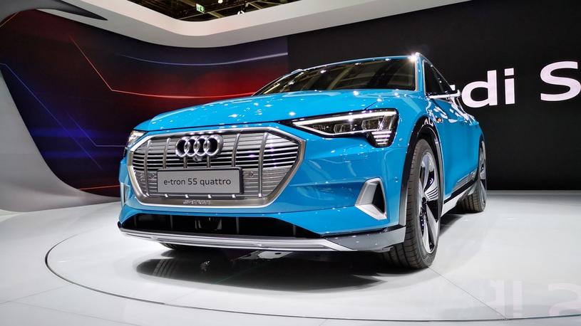 Электрический Audi e-tron доберется до России